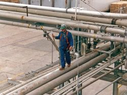 fall-protection-lifeline-for-pipe-rack-safety-for-maintenance